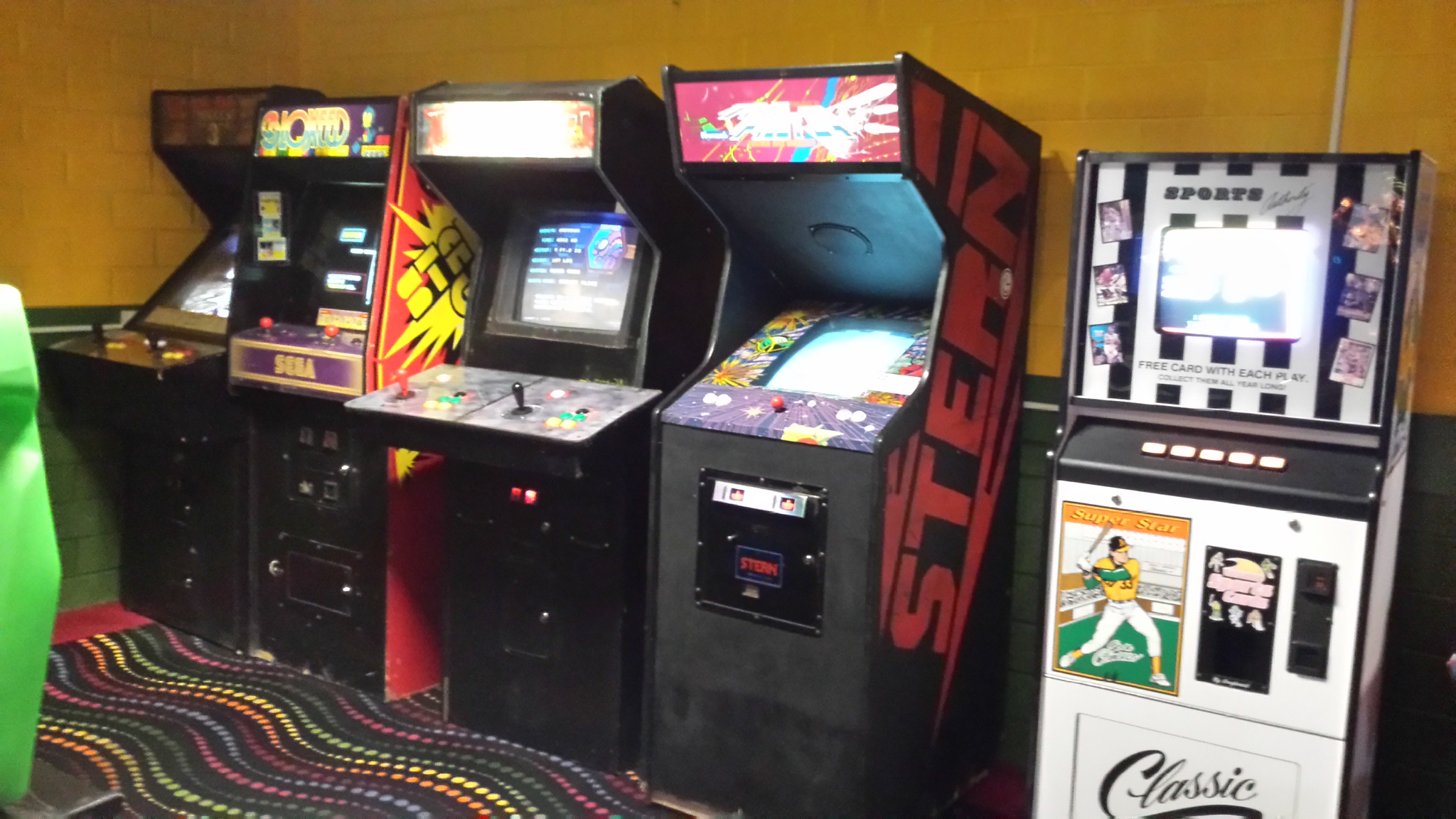 Current Location Arcade Pinball and Video Games for Play and Sale at